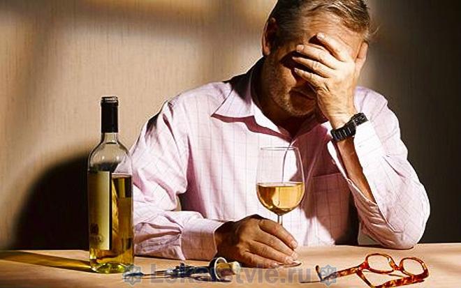 Чрезмерное употребление алкоголя может стать причиной токсической энцефалопатии