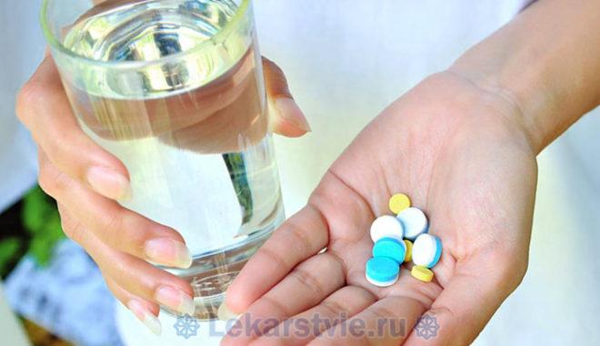 Не следует сочетать прием препарата Виагра с антибиотиком Эритромицином